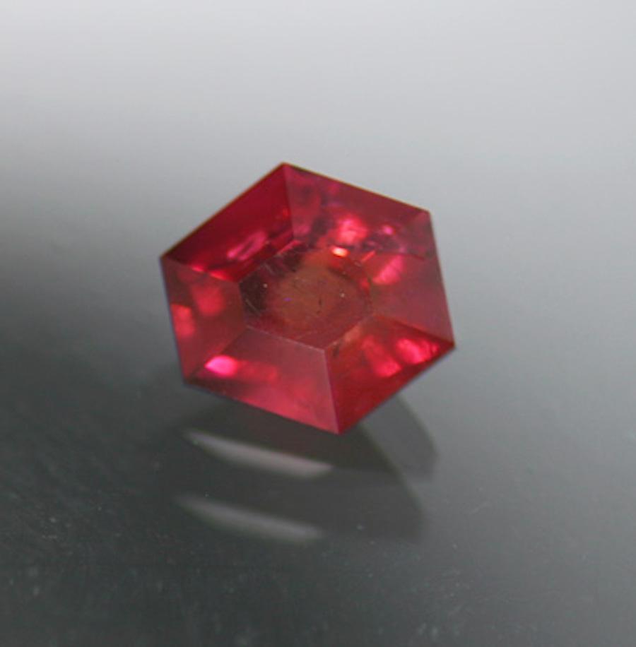 custom-cut red beryl - Utah