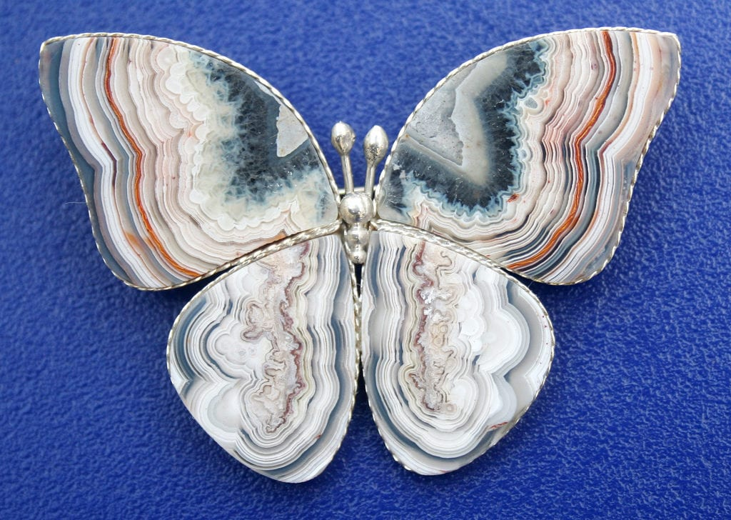 agate buying - banded agate butterfly