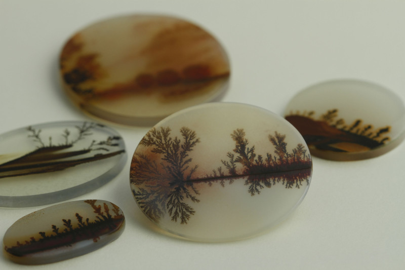 agate buying - dendritic agate pieces