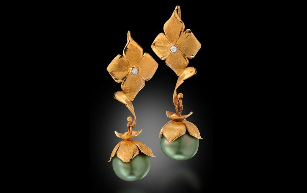 Pearl - Green Fiji Earrings