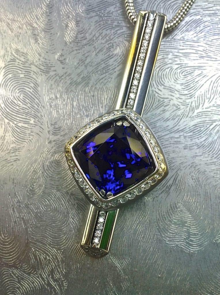 tanzanite buying - pendant