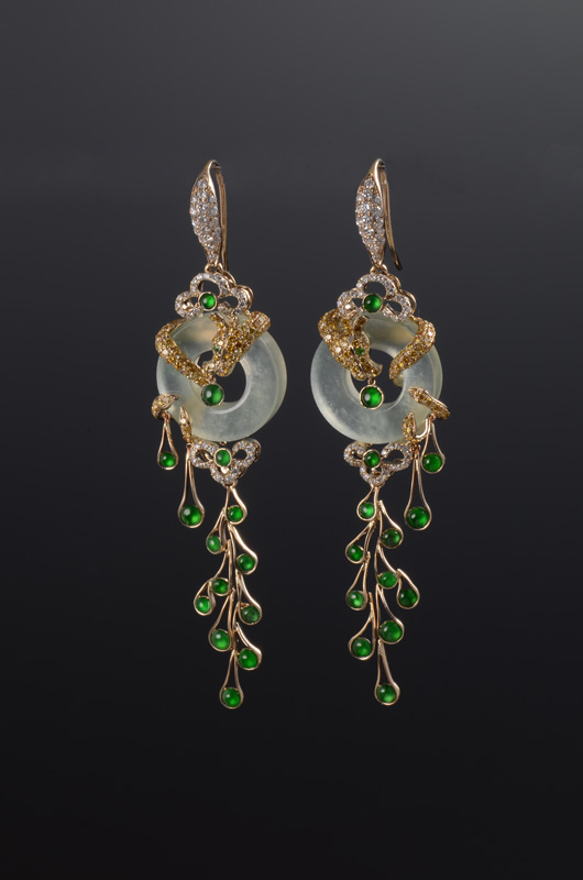 Jade buying - Golden Dragon earrings