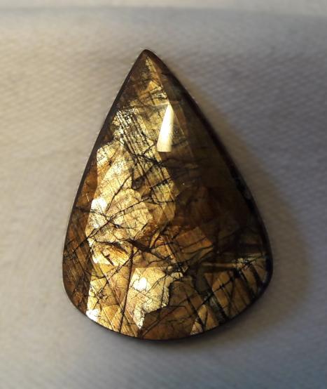 Denver gem & mineral showcase - goldsheen sapphire
