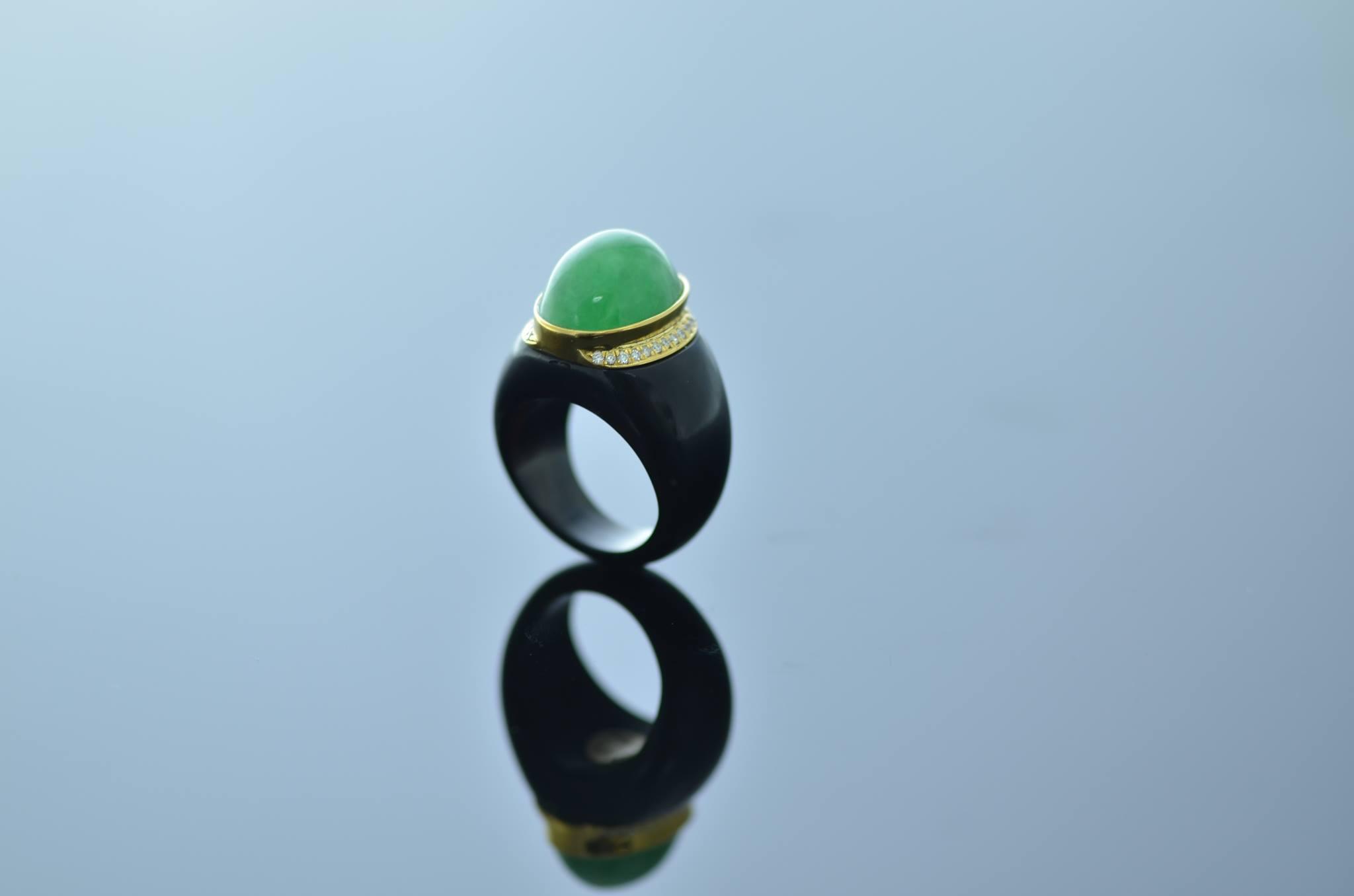 Jade buying guide jadeite and nephrite international gem society jade buying cabochon ring buycottarizona Images
