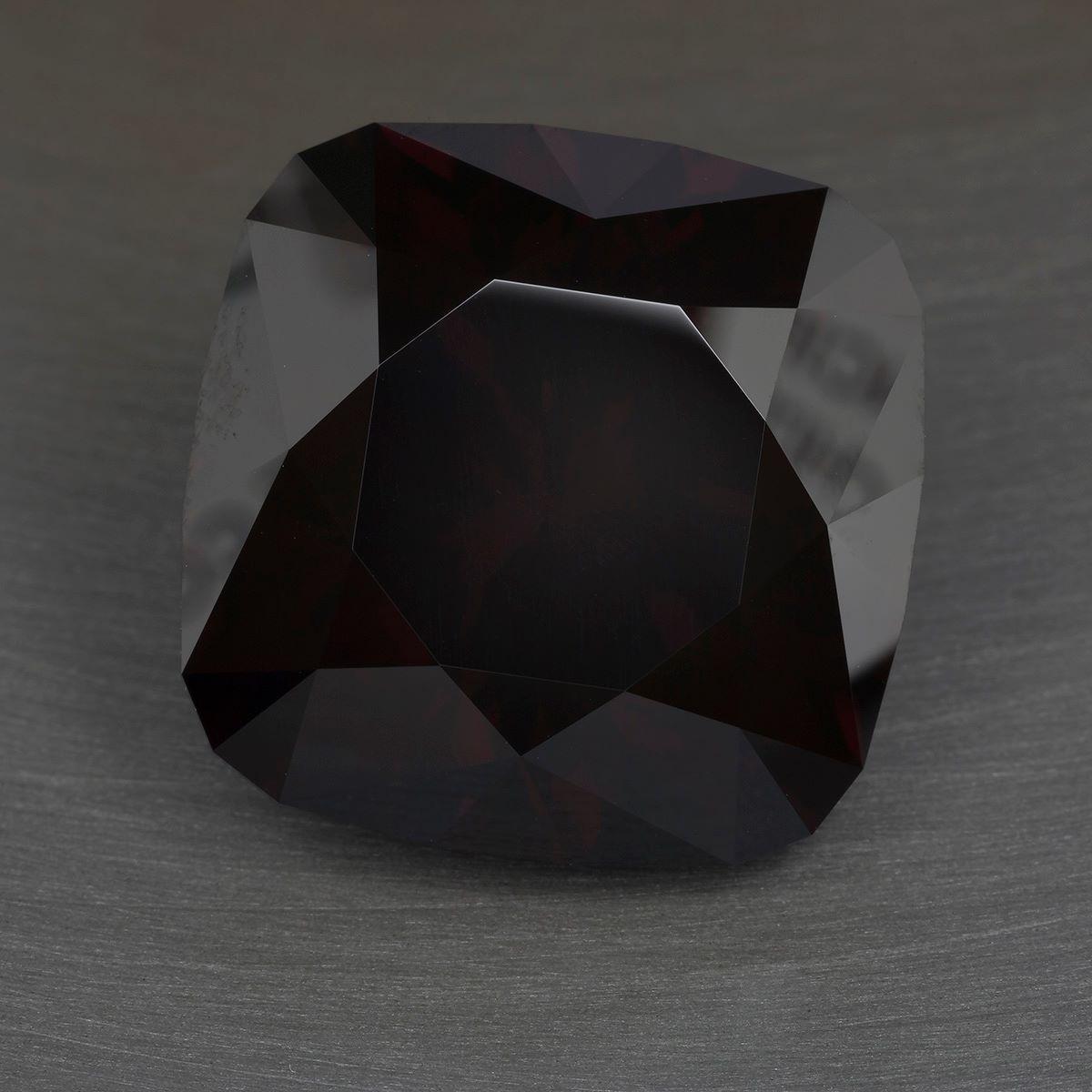 zircon buying - 51.87 carat Tanzanian zircon before treatment