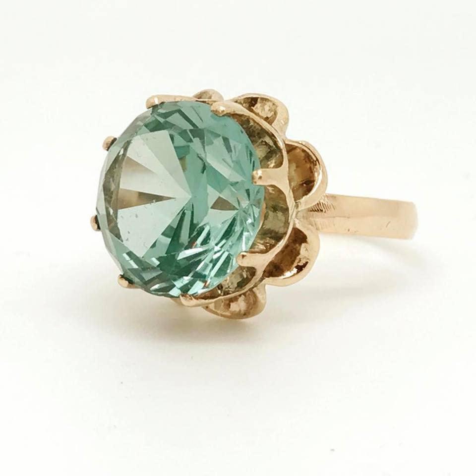 zircon buying - blue-green ring