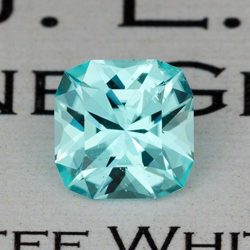 paraiba tourmaline buying guide - cut paraiba gem