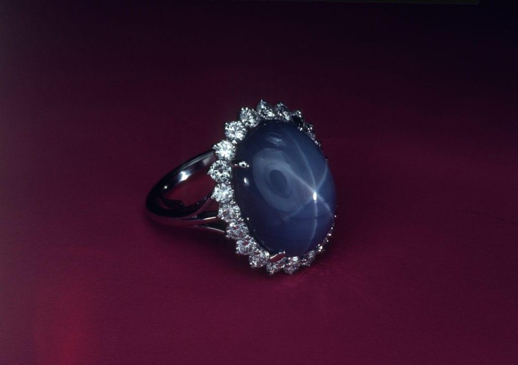 star sapphire ring - Sri Lanka