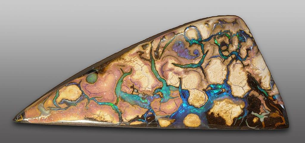 Australian opal - Coober Pedy