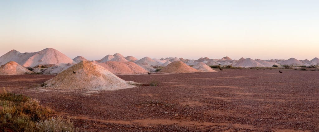 Coober Pedy - dirt mounds