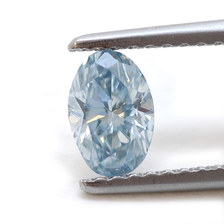 fancy gem cuts - oval-cut blue diamond