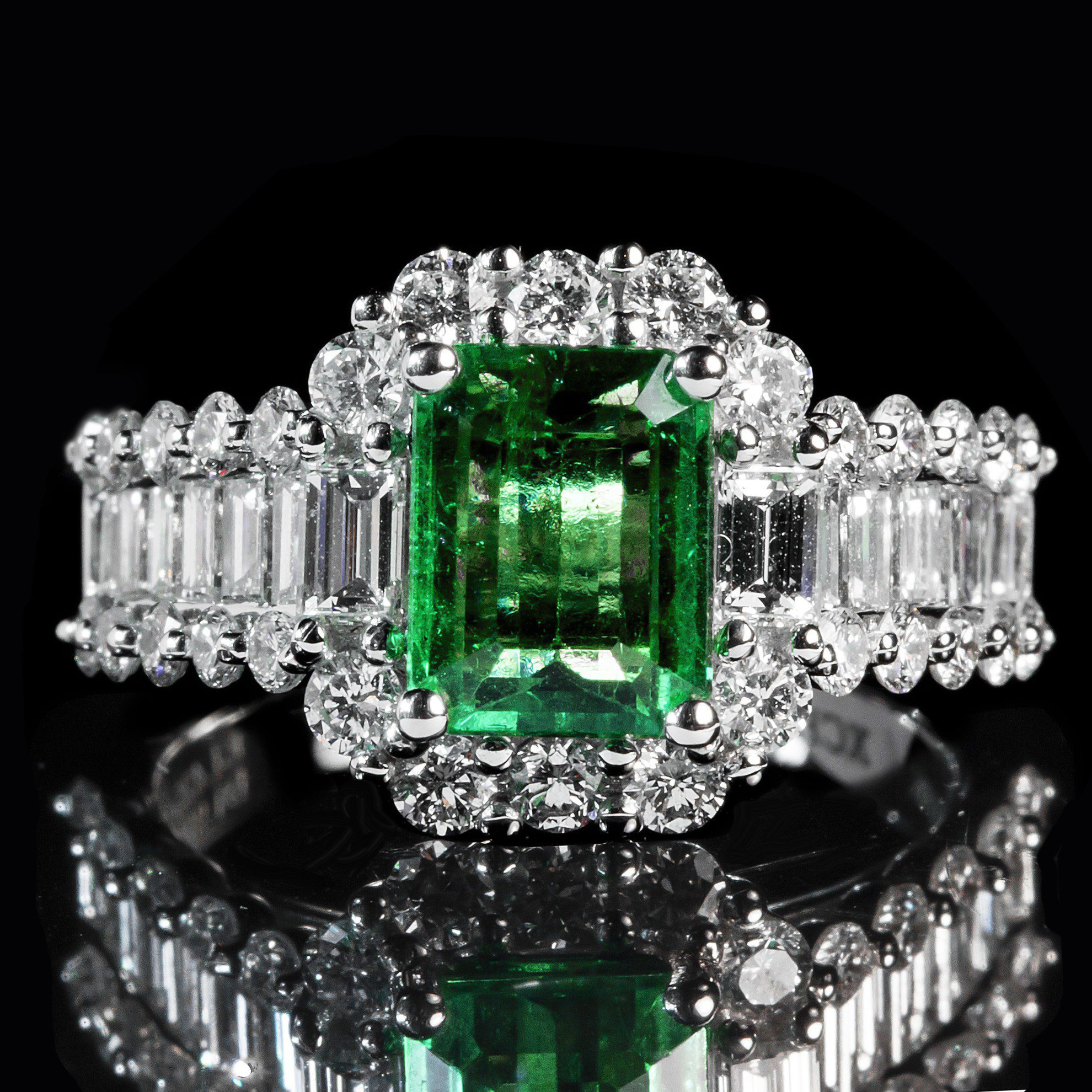 in gold treated ring white sapphire tw heat cut diamonds with emerald