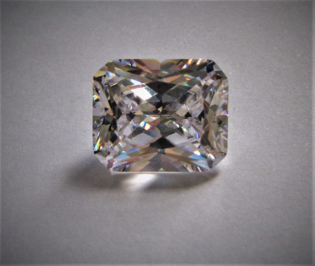 fancy gem cuts - loose radiant-cut diamond