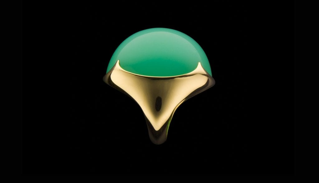 chrysoprase buying guide - cabochon ring