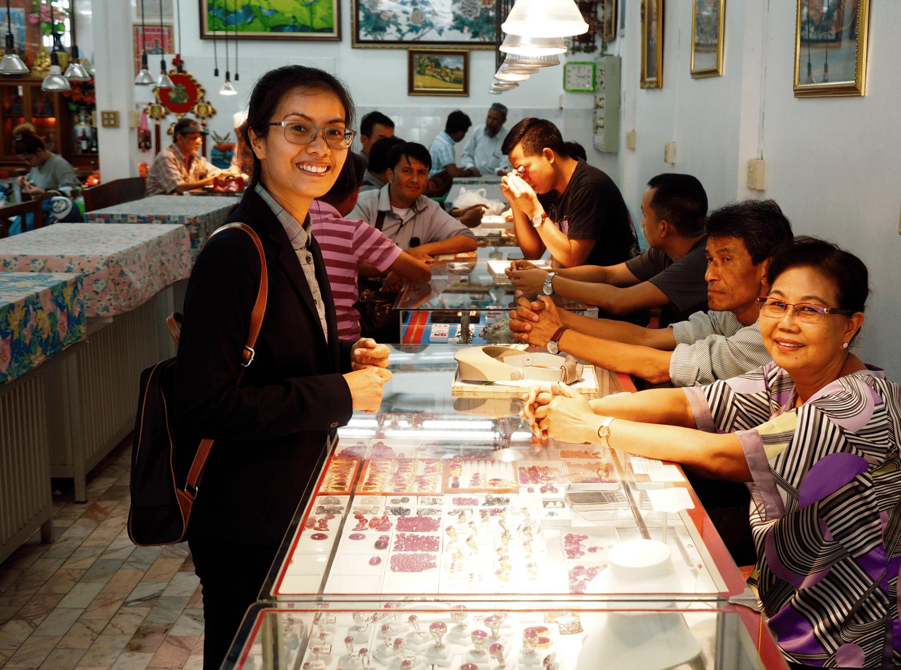 Nadthasiri Bergman, LL.M., interviews Khun Hathairat Pendee, Mogok gem trader
