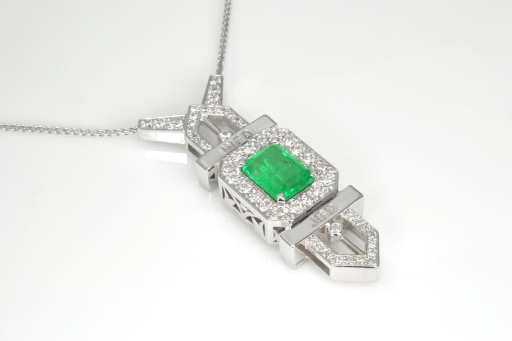 gold pendant with Shakiso emerald - Ethiopian emeralds