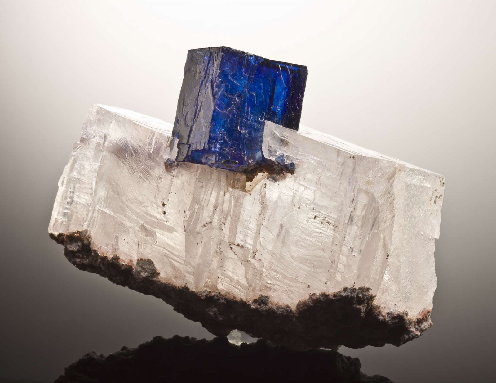 blue gemstones - halite