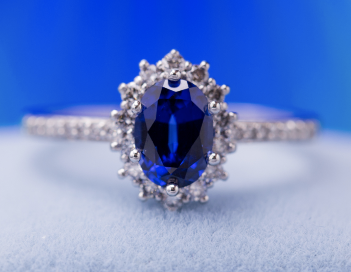 Princess Kate inspired ring - sapphire engagement ring stones