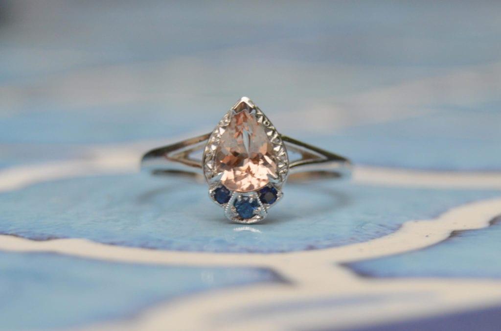 malaya garnet buying guide - peach malaya and sapphire ring