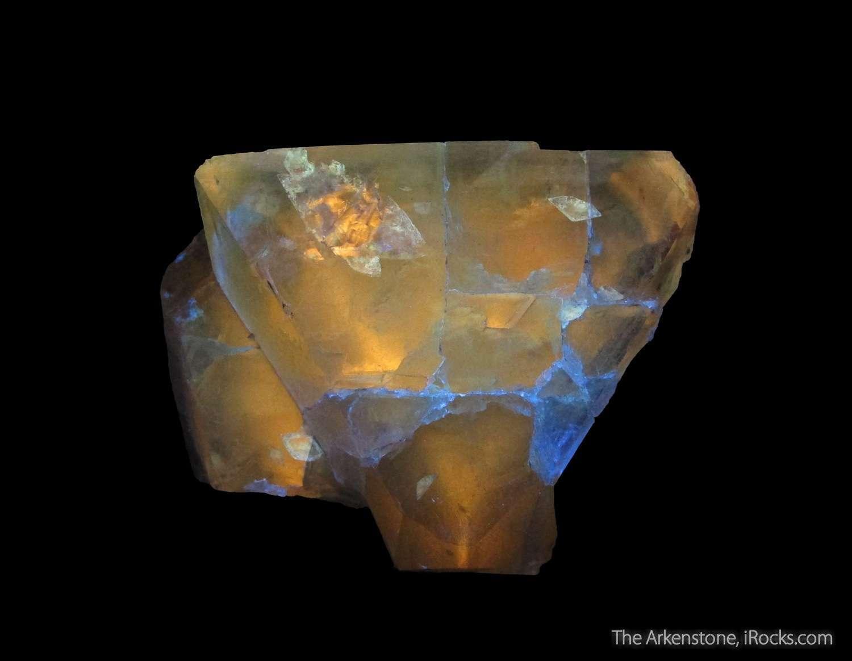 soreg16-212f-topaz-fluorescent-usa-fine-mineral-specimen