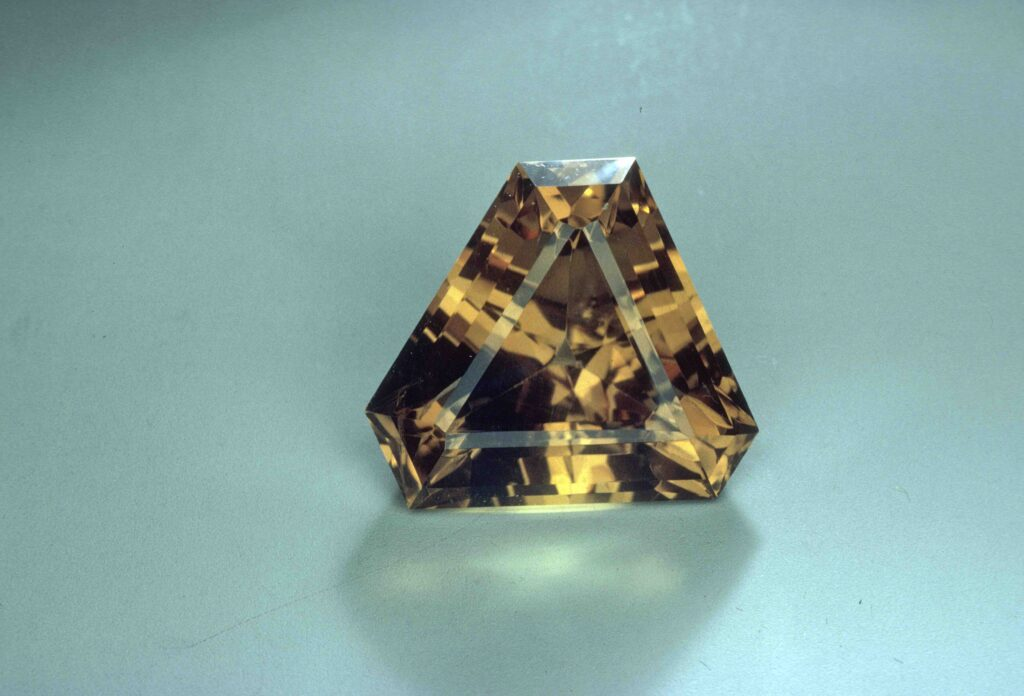faceted barite - France