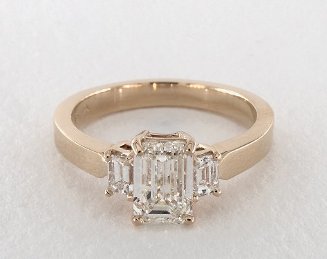 emerald & asscher-cut diamonds - 1.5ct I emerald-cut diamond in yellow gold engagement ring