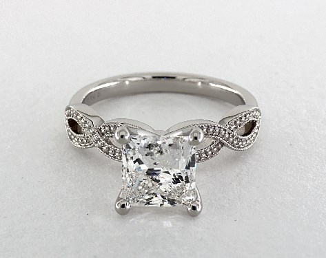 diamond shape - princess cut diamond engagement ring