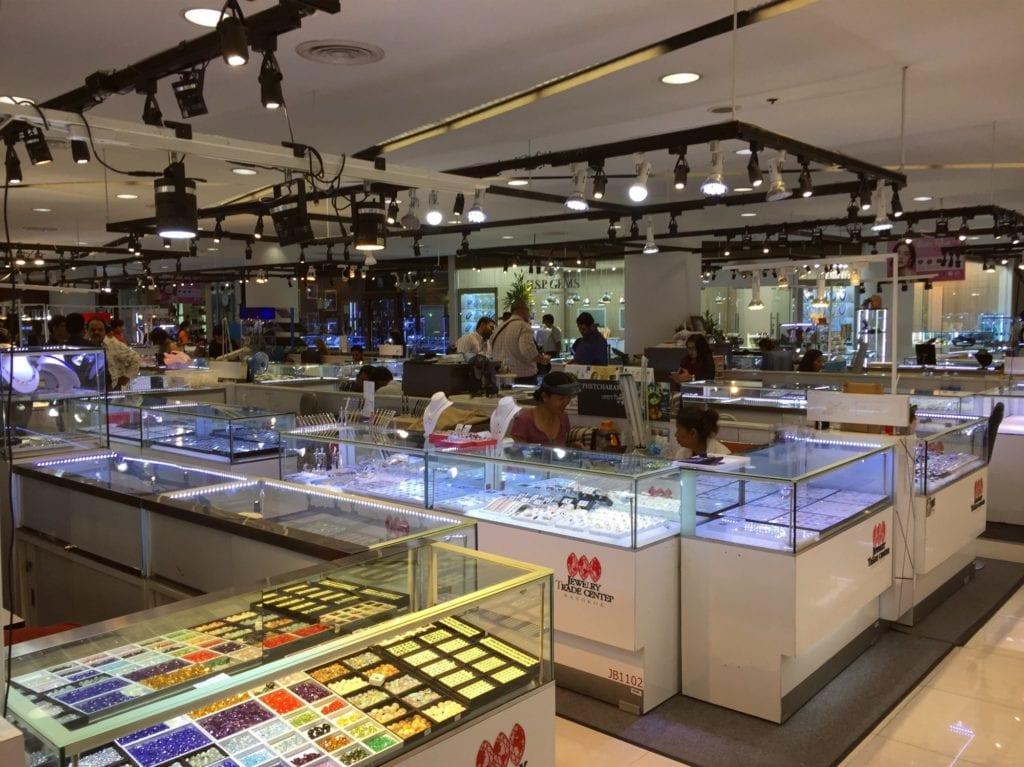 JTC market floor - Bangkok gemology schools