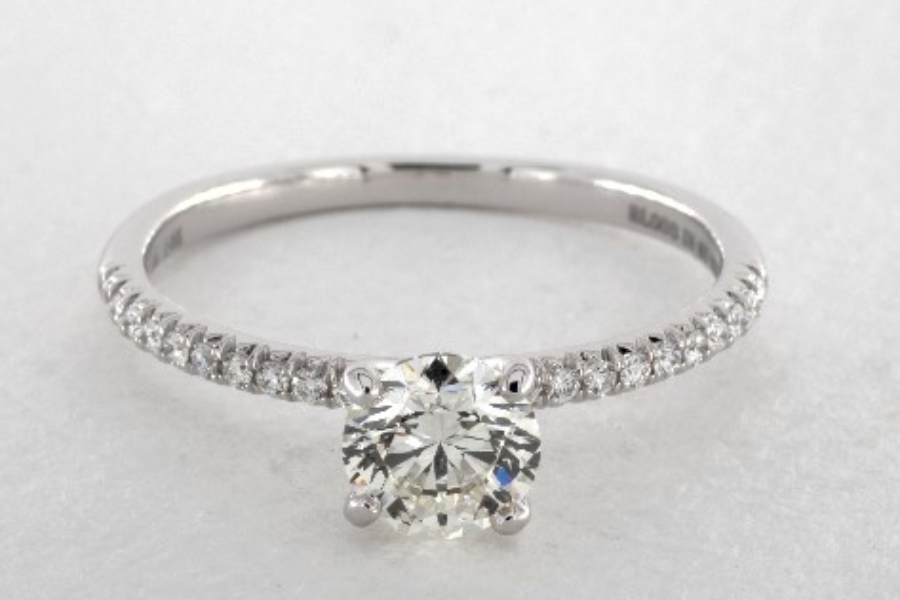 pear-shaped diamond guide - 1ct round diamond engagement ring comparison