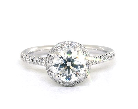 buying a one carat diamond ring - halo setting