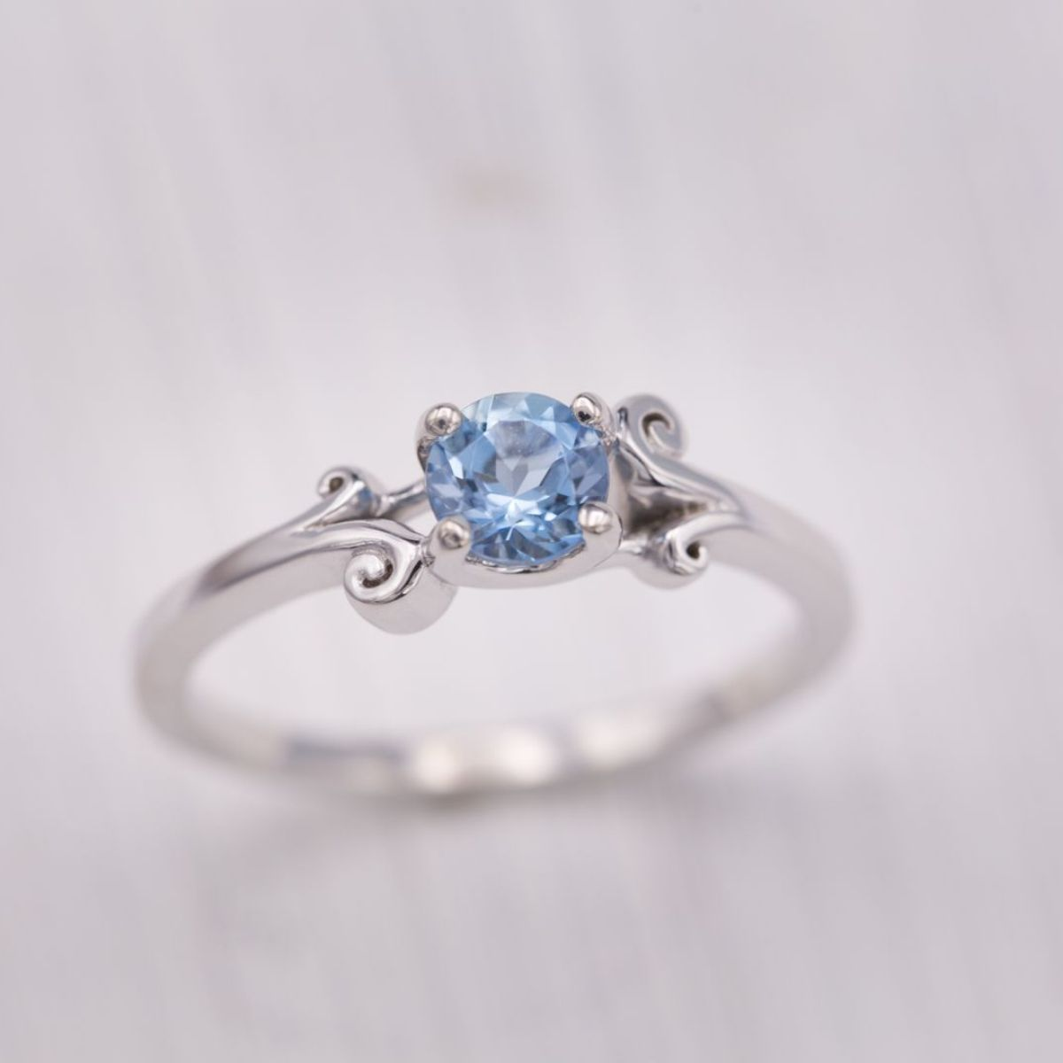 aquamarine solitaire with filigree - engagement ring setting