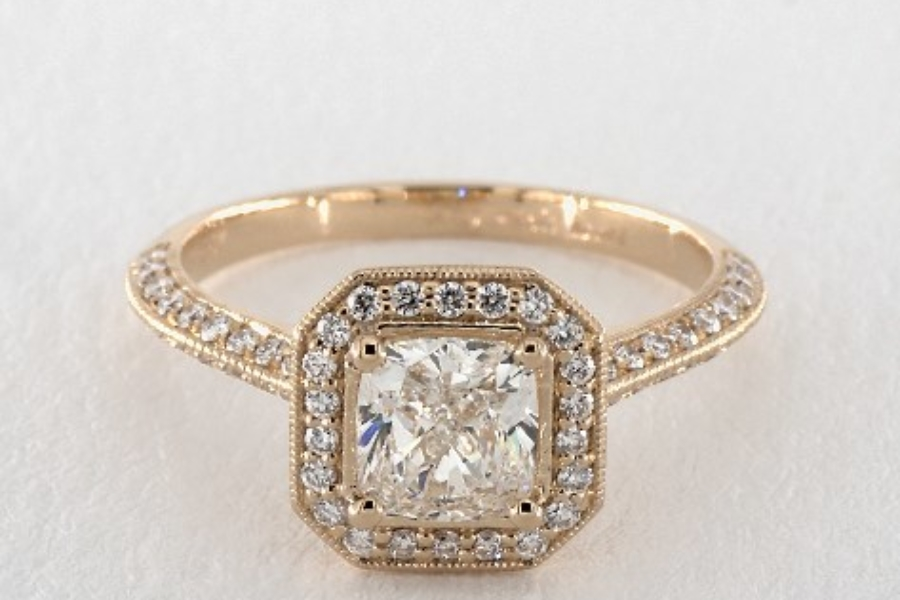 cushion-cut diamonds - cushion in yellow gold halo ring