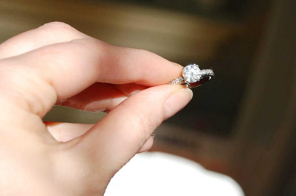 diamond certification - engagement ring