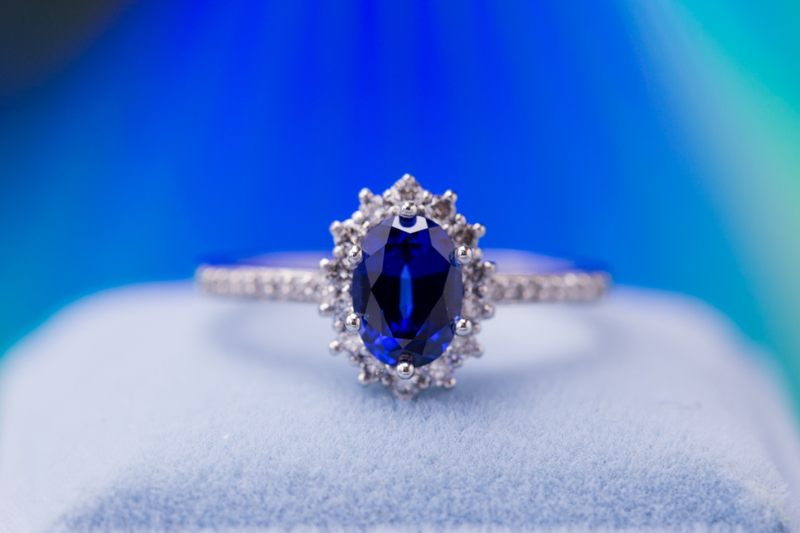 princess diana style - engagement ring setting