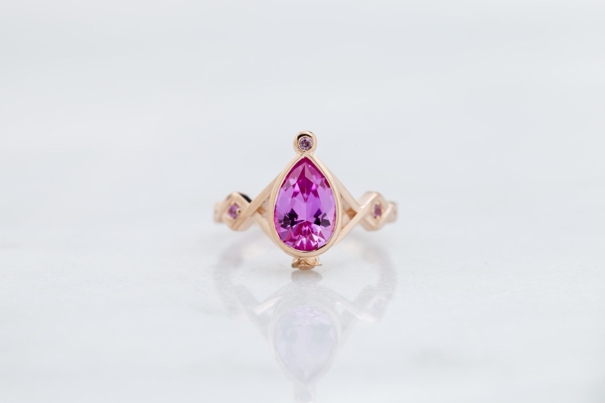 pink sapphire pear - engagement ring setting