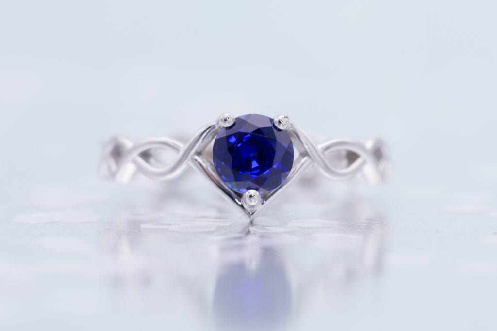 twisting shank with lab-made sapphire - engagement ring setting