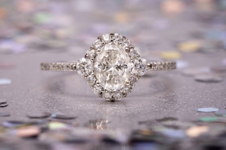oval-cut diamond in halo setting - engagement ring setting