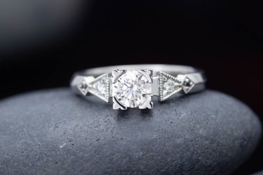 Art Deco style - engagement ring setting