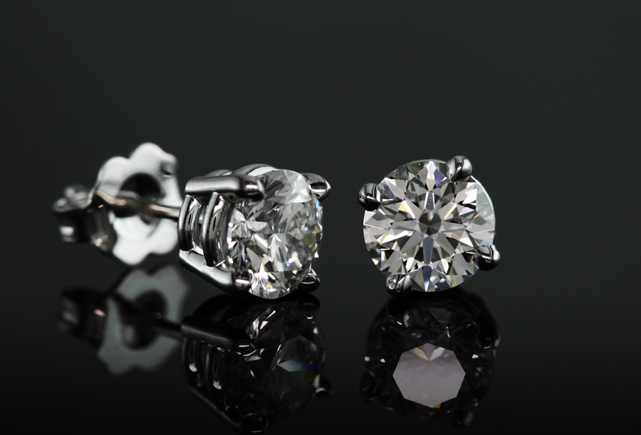diamond studs - what carat diamond should I get