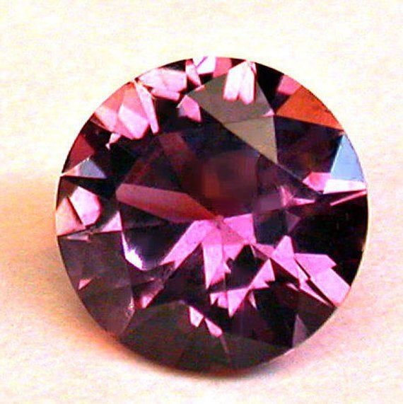 round sapphire, Rock Creek, Montana