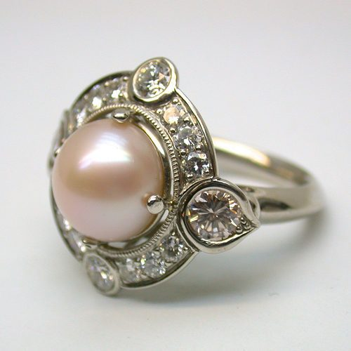 natural pink pearl ring - side