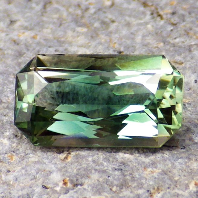 green oregon sunstone