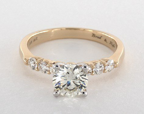 K color white gold prongs