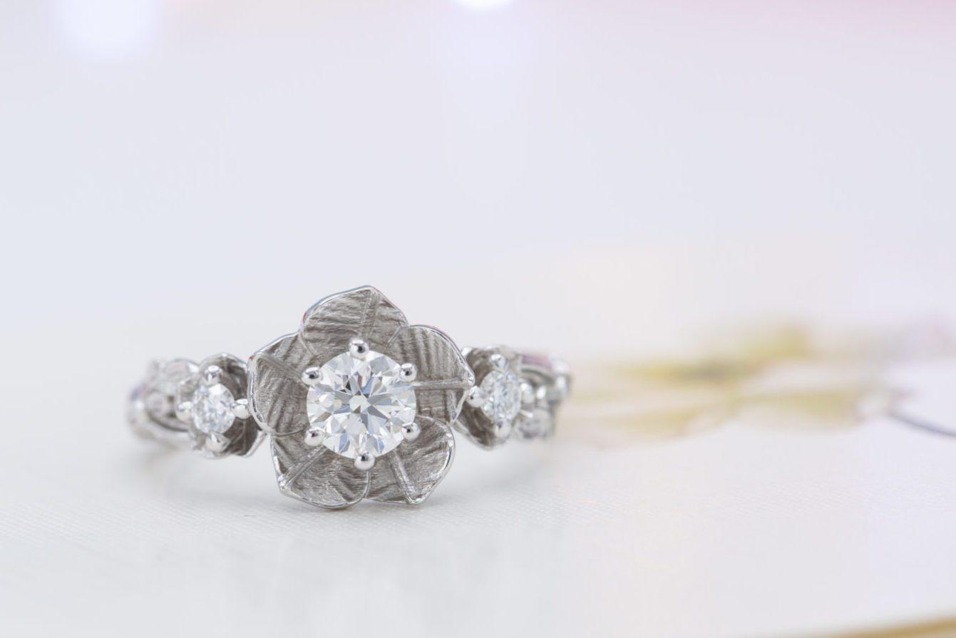 I diamond color for white gold