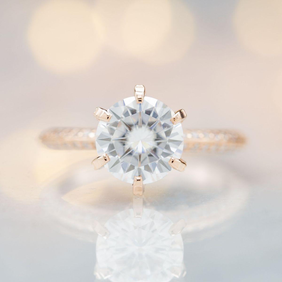 moissanite diamond alternative