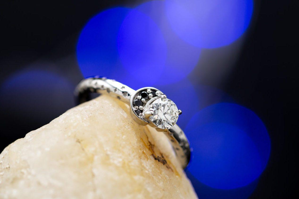 I1 clarity small diamond