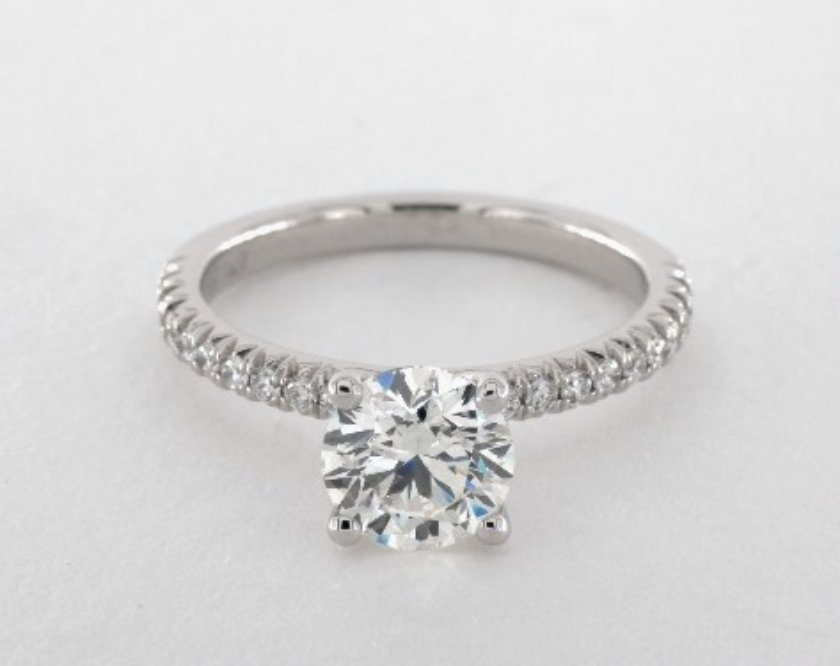 vvs2 engagement ring