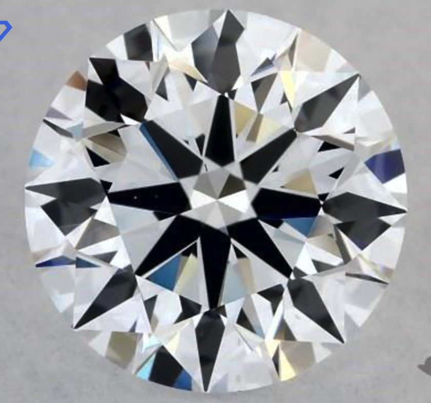 Lab-created diamond VS1