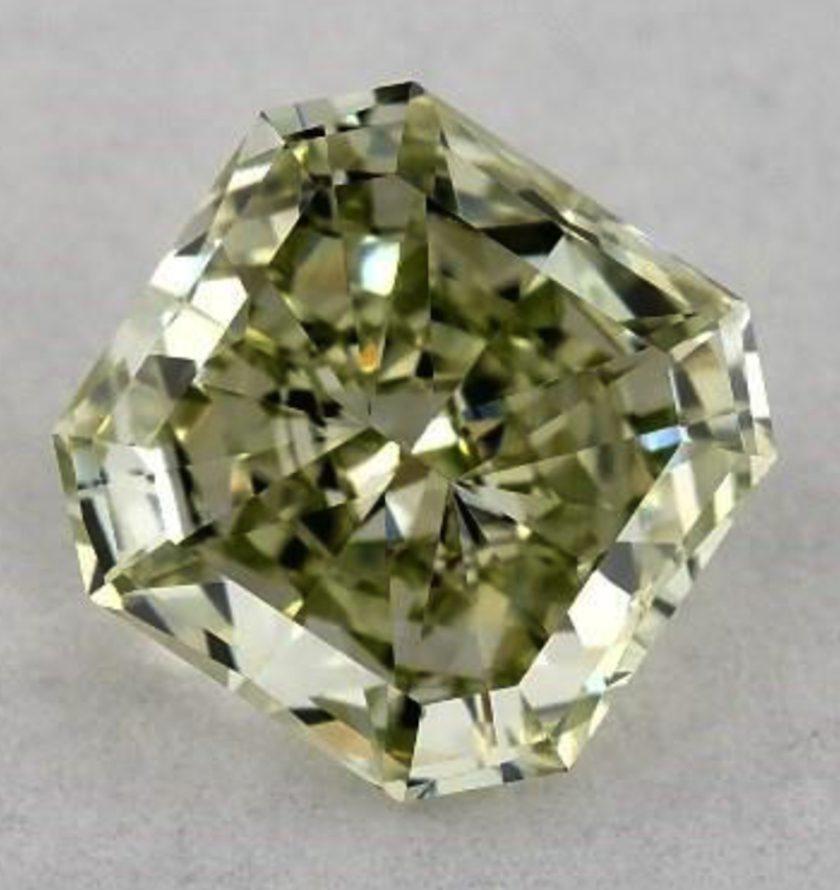 0.52-ct Fancy Intense green diamond