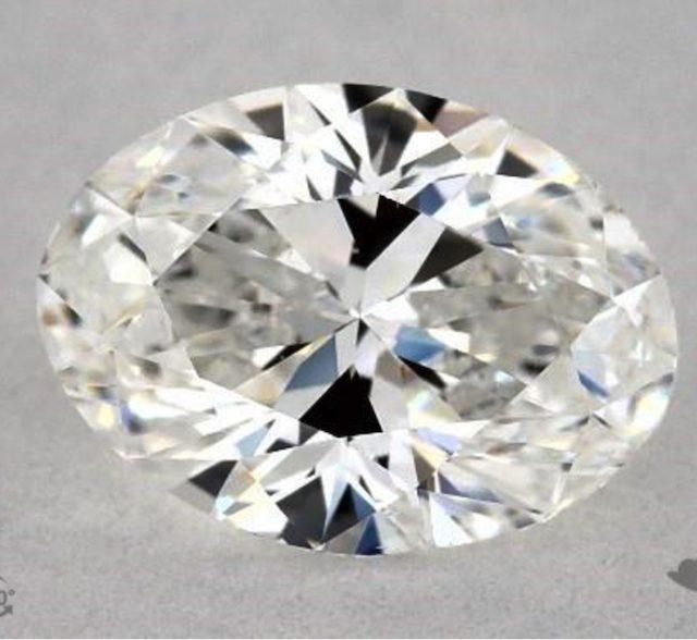 one-carat oval diamonds - F color